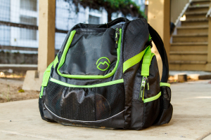 Magellan Outdoors Deluxe Disc Golf Backpack Review 1