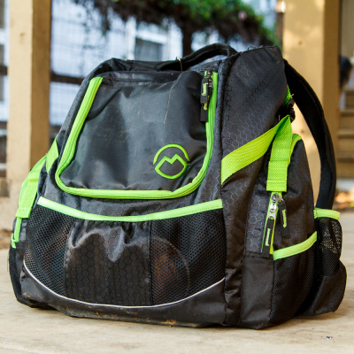 Magellan Outdoors Deluxe Disc Golf Backpack Review 3